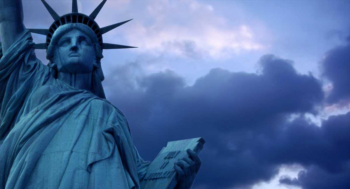 Cómo cambiar la visa de turista a visa de estudiante sin salir de EE.UU